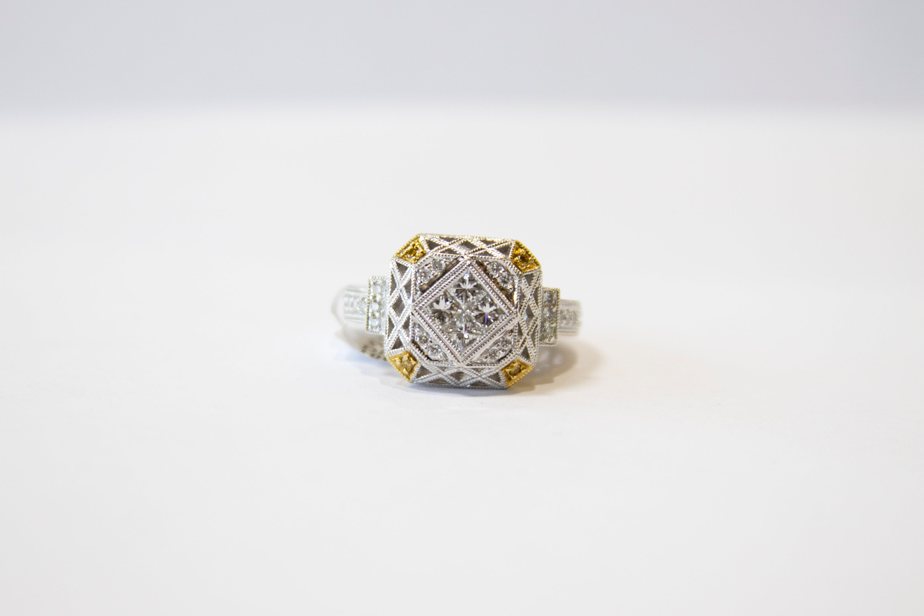 Diamond Vintage Ring 18k