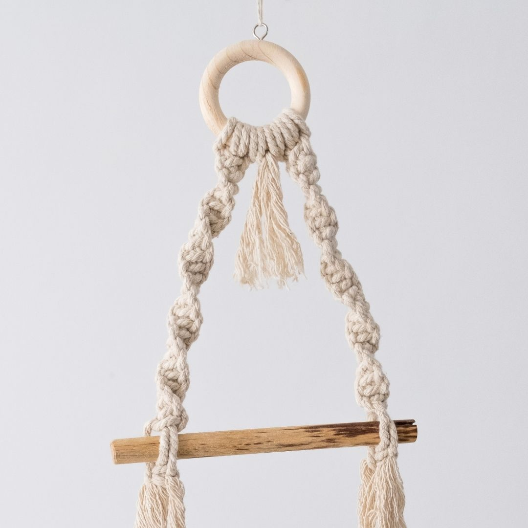 Macrame Toilet Roll Holder by Esther Macrame