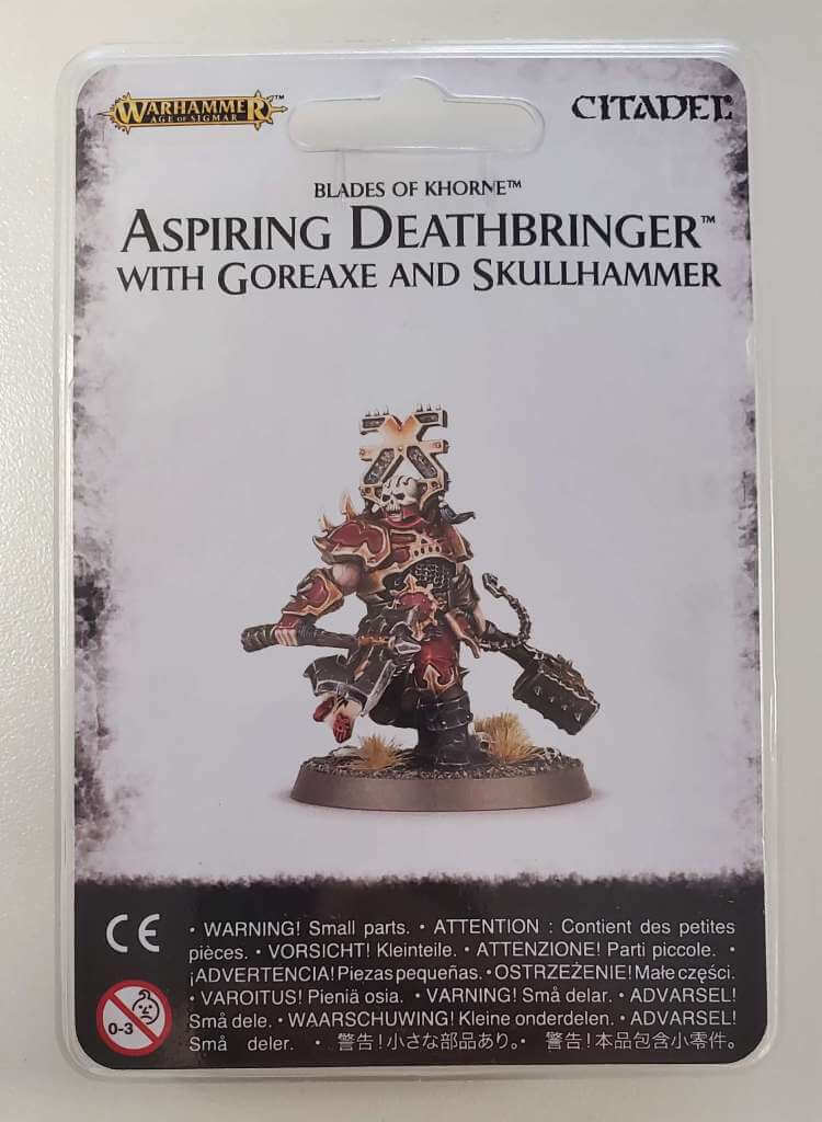 Blades of Khorne Aspiring Deathbringer with Goreaxe and Skullhammer