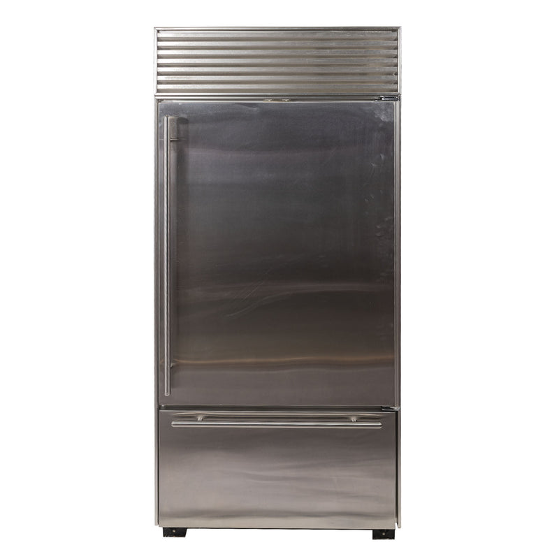 Sub-Zero 36' Dual 650 Refrigerators ND. Stainless steel