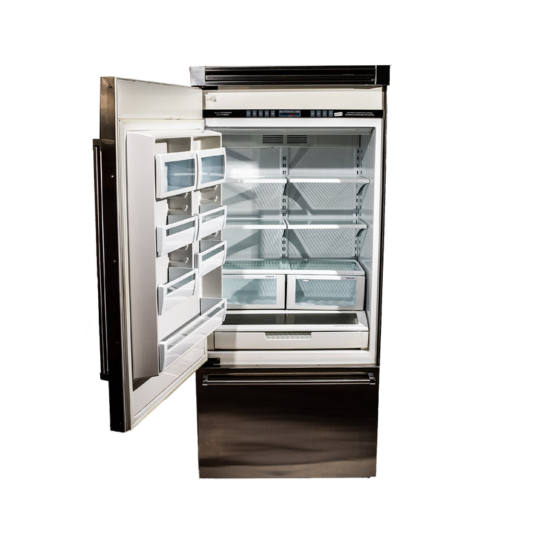 Viking 36' Viking Professional Refrigerators ND. Stainless steel (3)