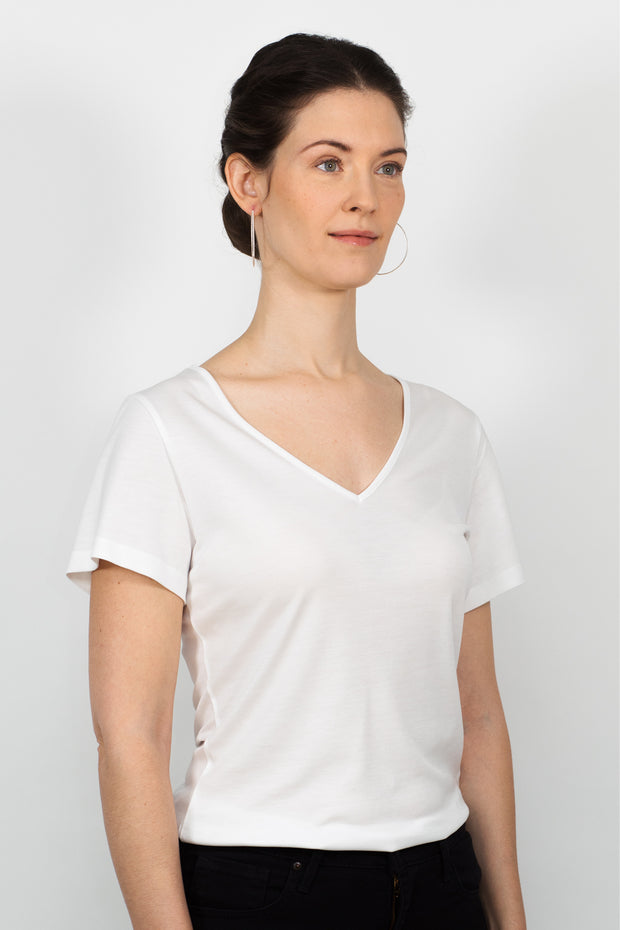 ADÈLE V-neck top, white