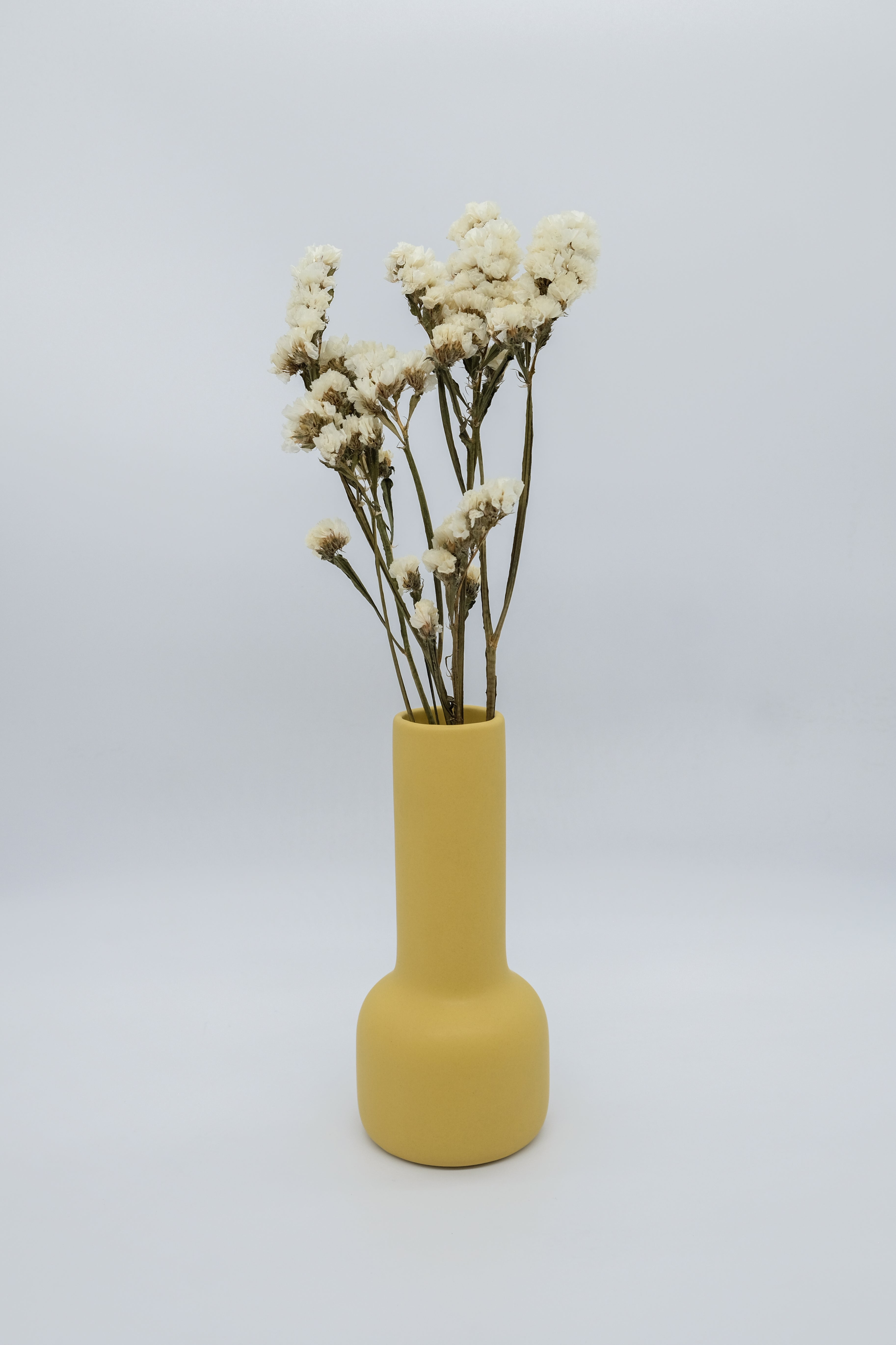 Palette Party Trophy Vase in Daffodil