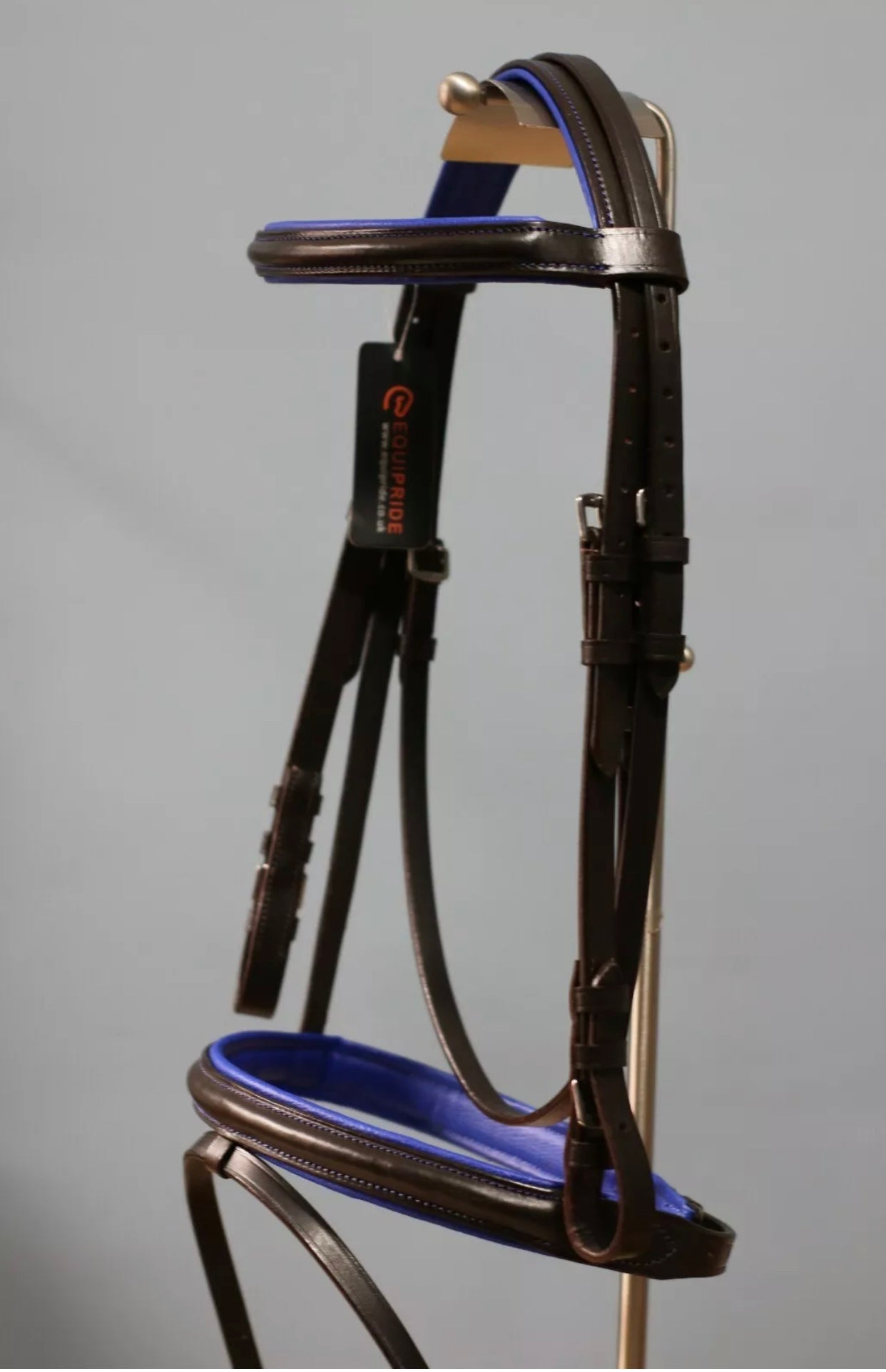 LEATHER PADDED COMFORT BRIDLE WITH BLUE COLOUR PADDING CONTRAST STITCHING