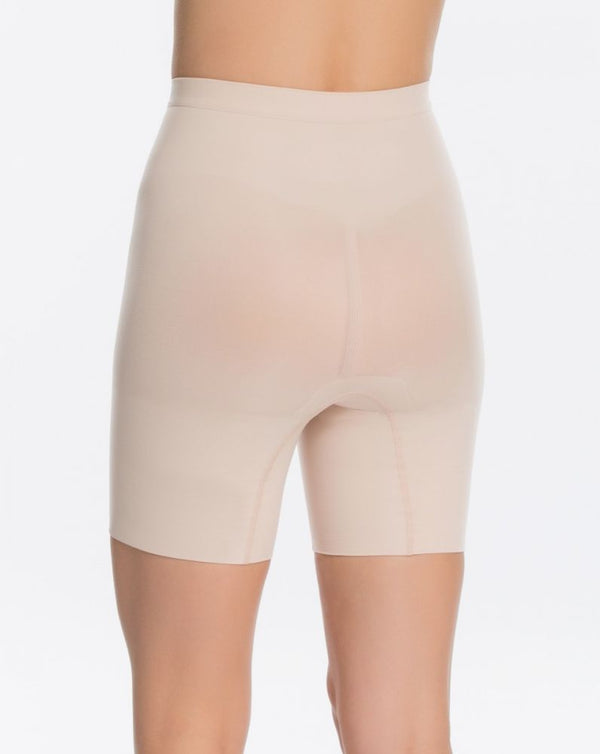 Power Short, Nude