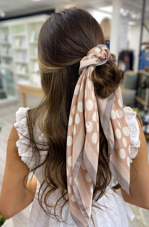 Polka Dotted Scarf, Pink