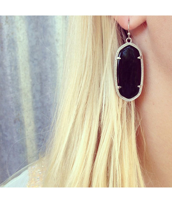 KENDRA SCOTT Elle Earrings in Black - Sabi Boutique - 2