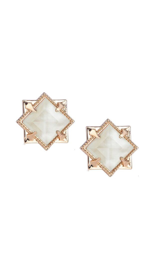 NATALIE WOOD DESIGNS Runaway Romantic Pyramid Stud Earrings in River Pearl - Gold