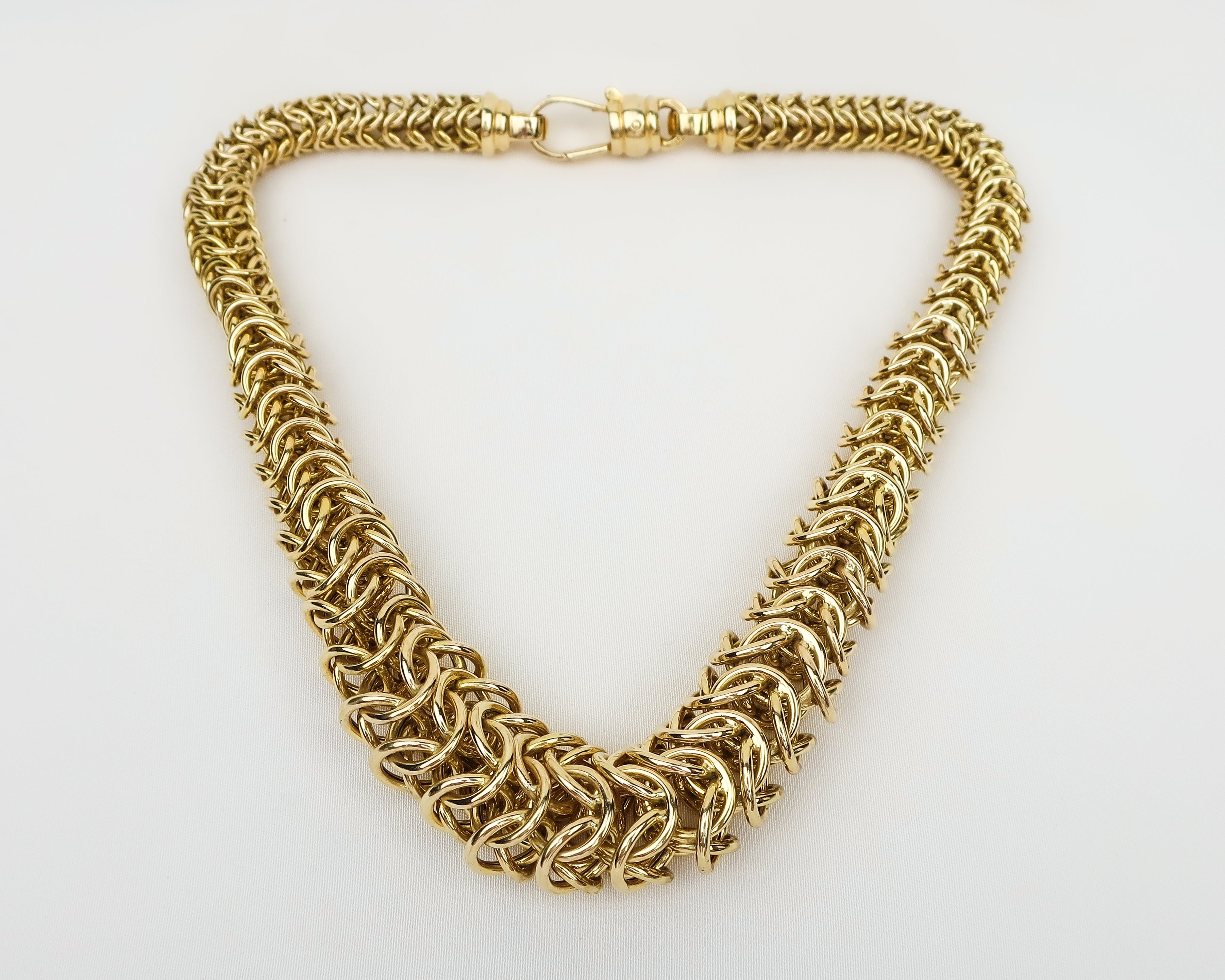 Midcentury 3D Graduated Link Necklace