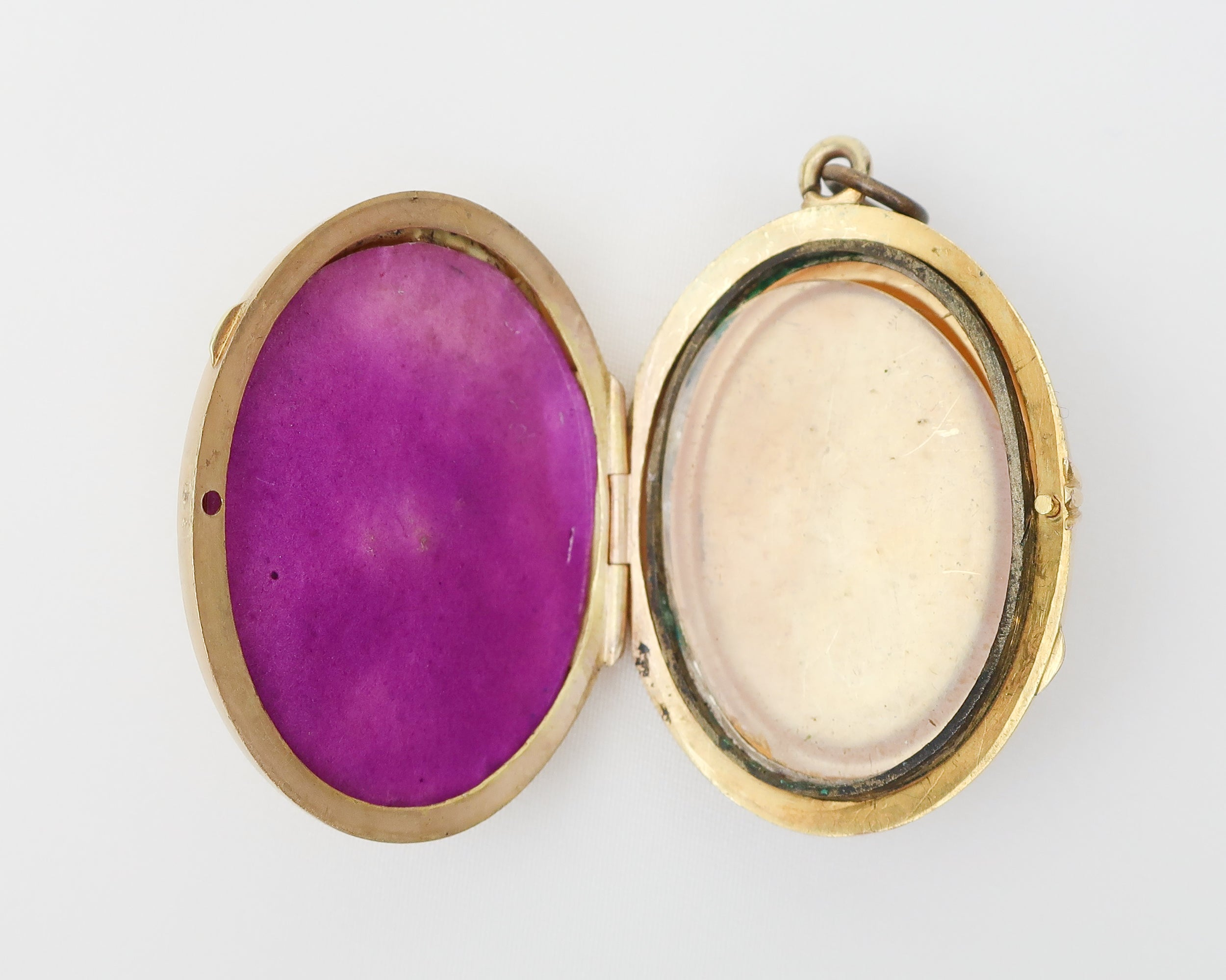 Victorian Gold-Bearing Quartz & Agate Locket