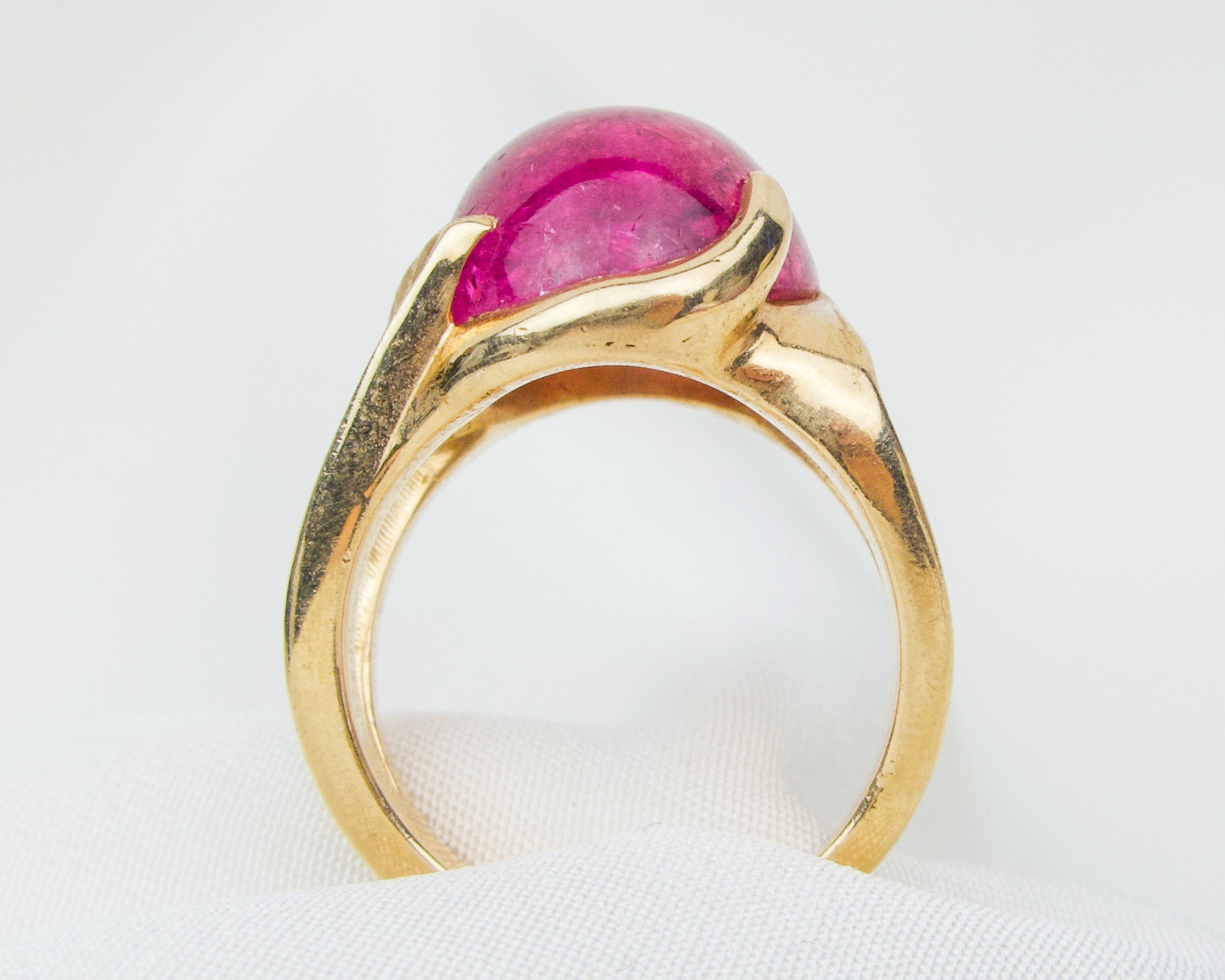 Midcentury 14KT Pink Tourmaline Cabochon Ring