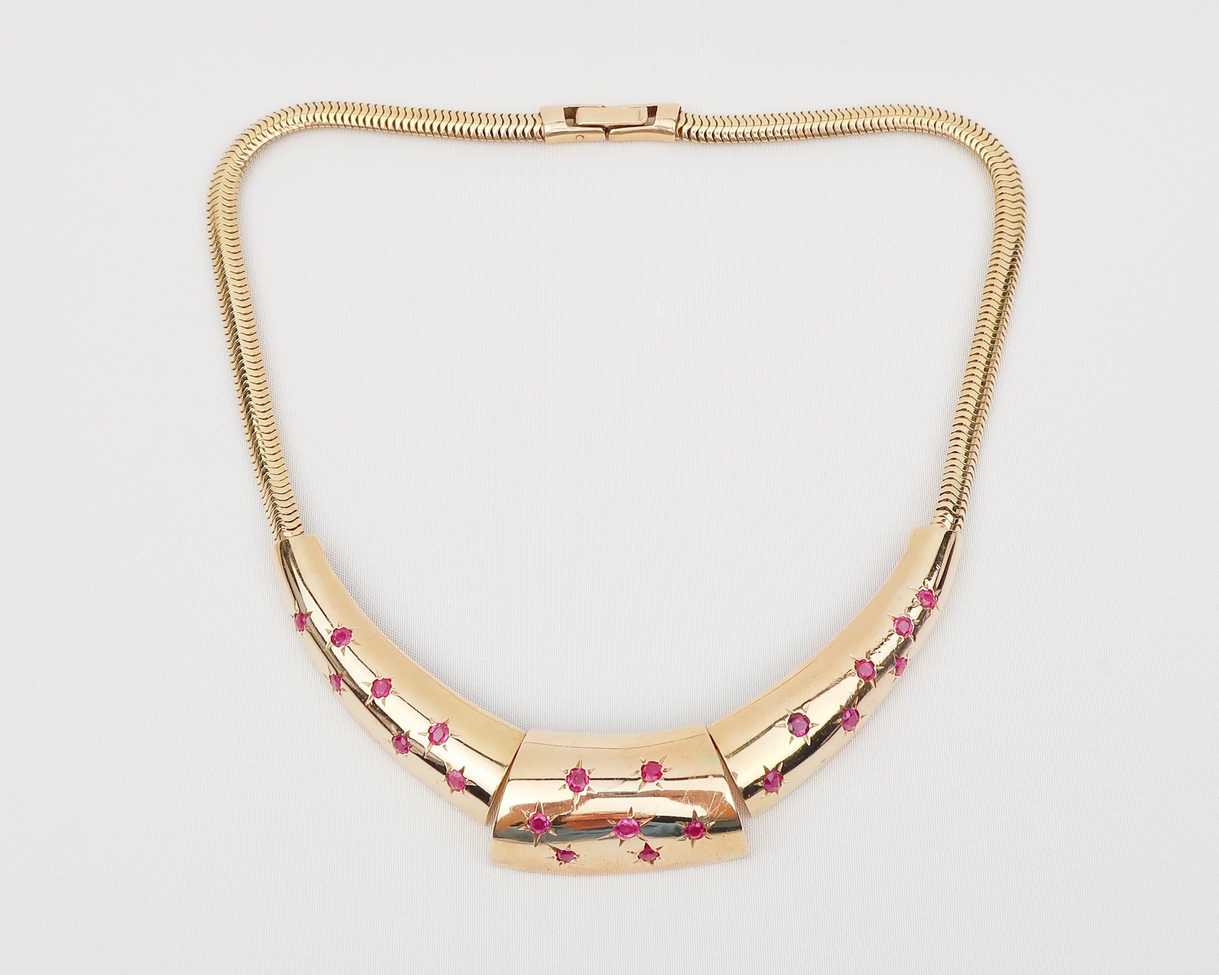 Retro Chunky Gold Choker with Star-Set Rubies