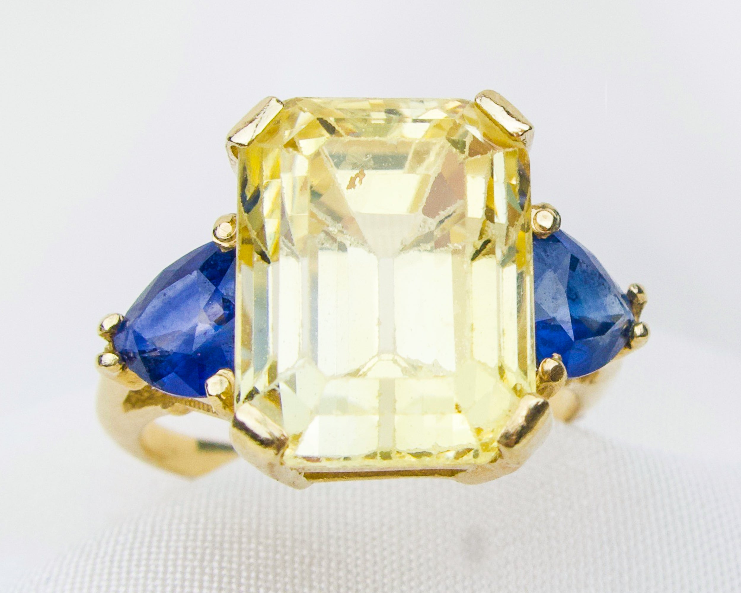Late-Midcentury Yellow and Blue Sapphire Ring