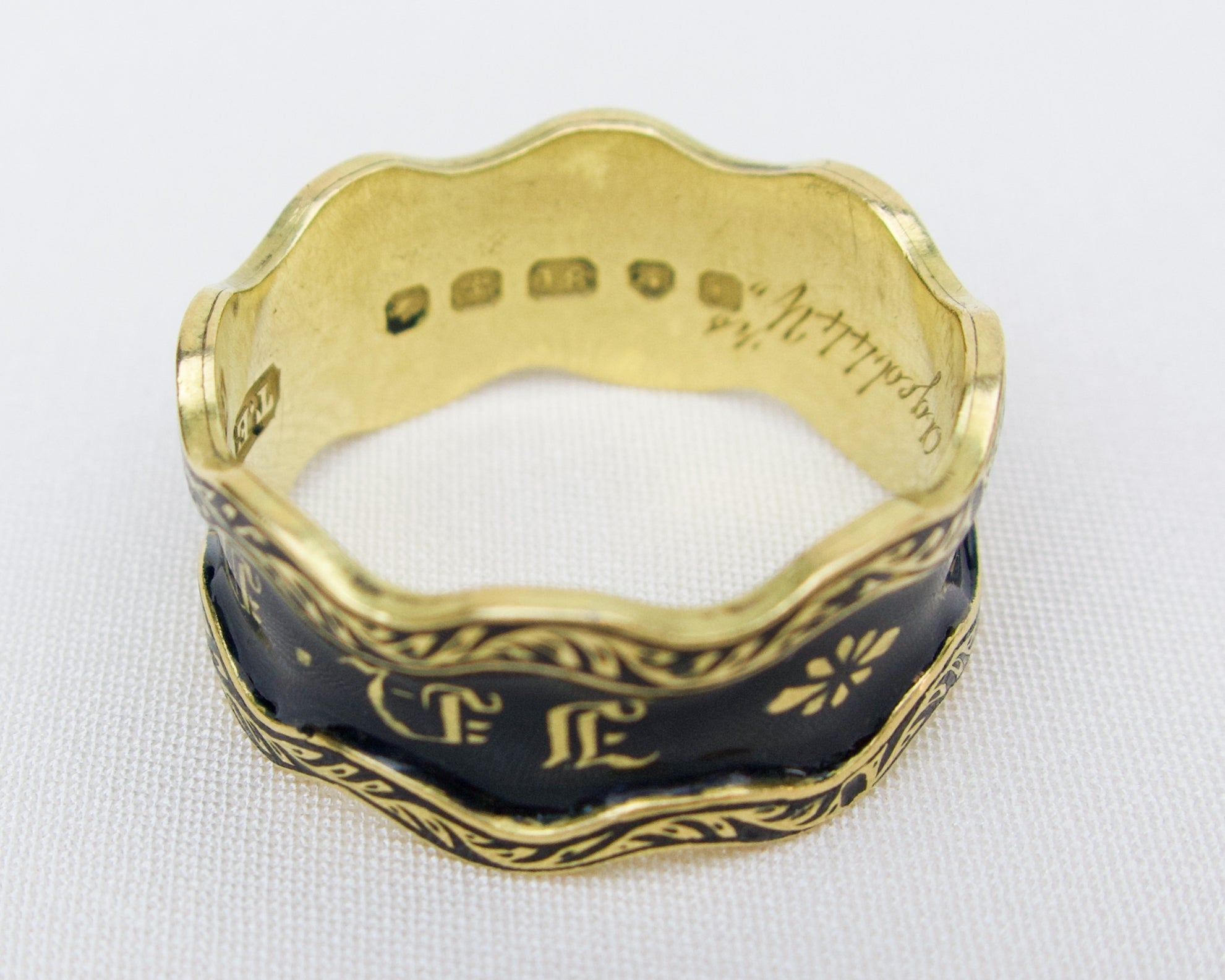 Early Victorian 18KT Memorial Band
