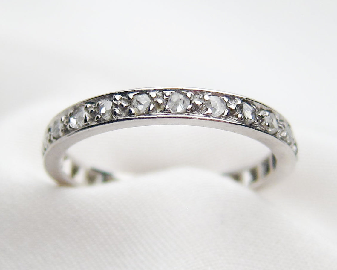 platinum-diamond-eternity-wedding-band