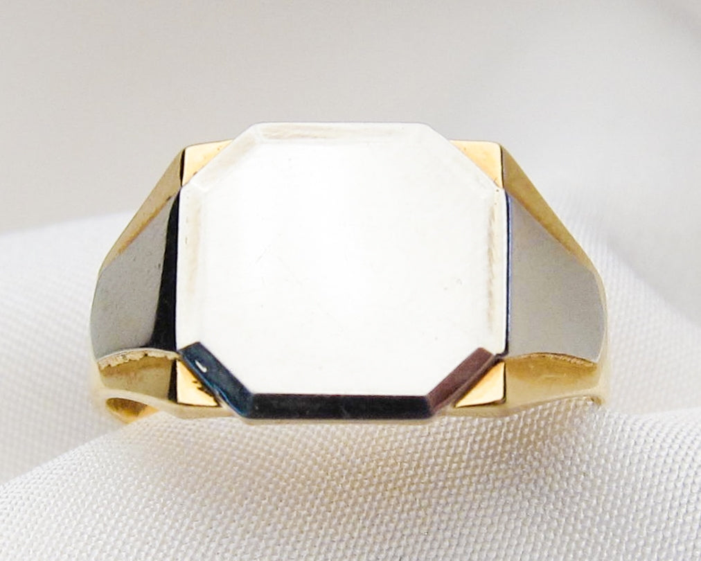 two-toned-plain-signet-ring