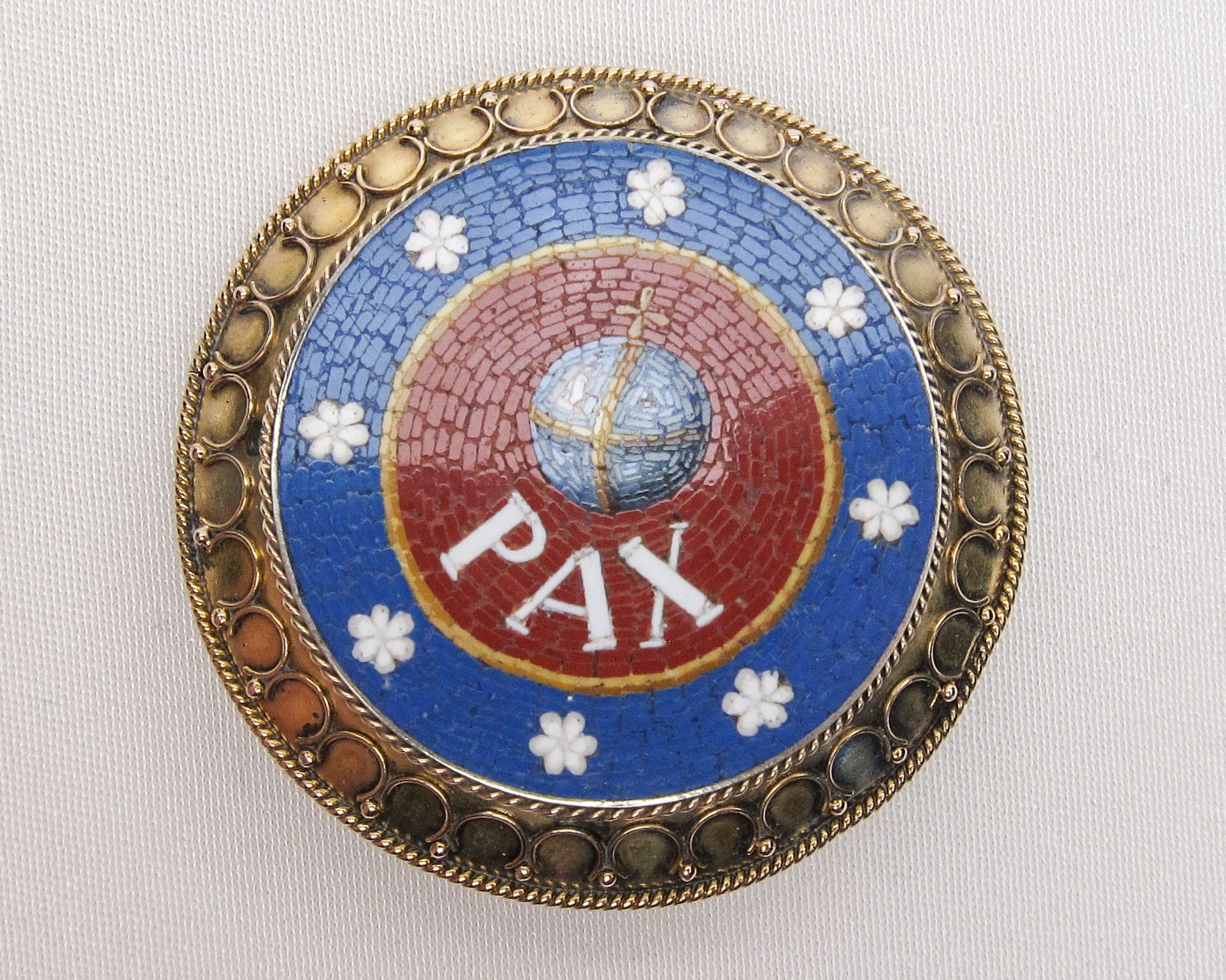 peace-brooch