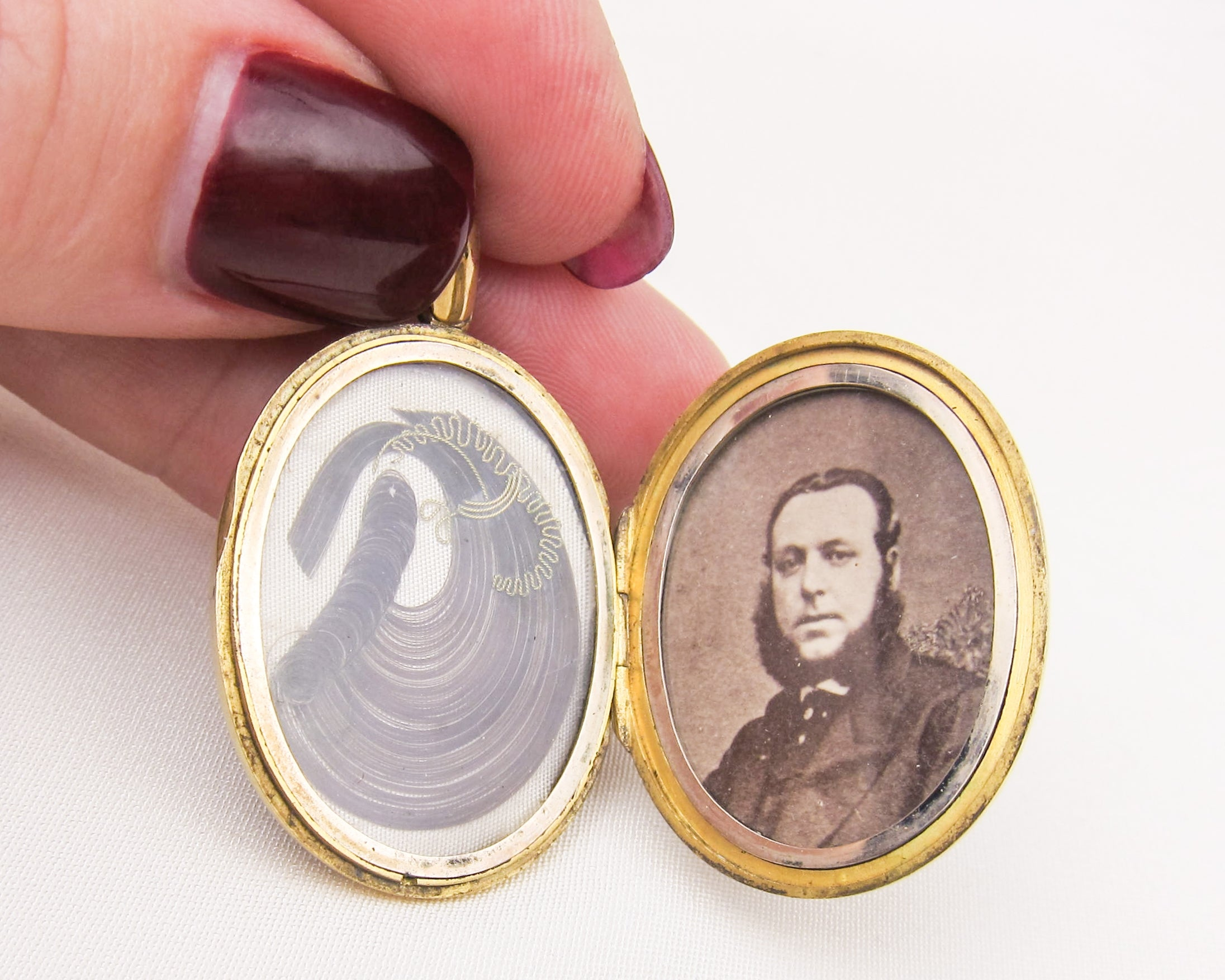 Victorian 15KT Gold Memorial Locket