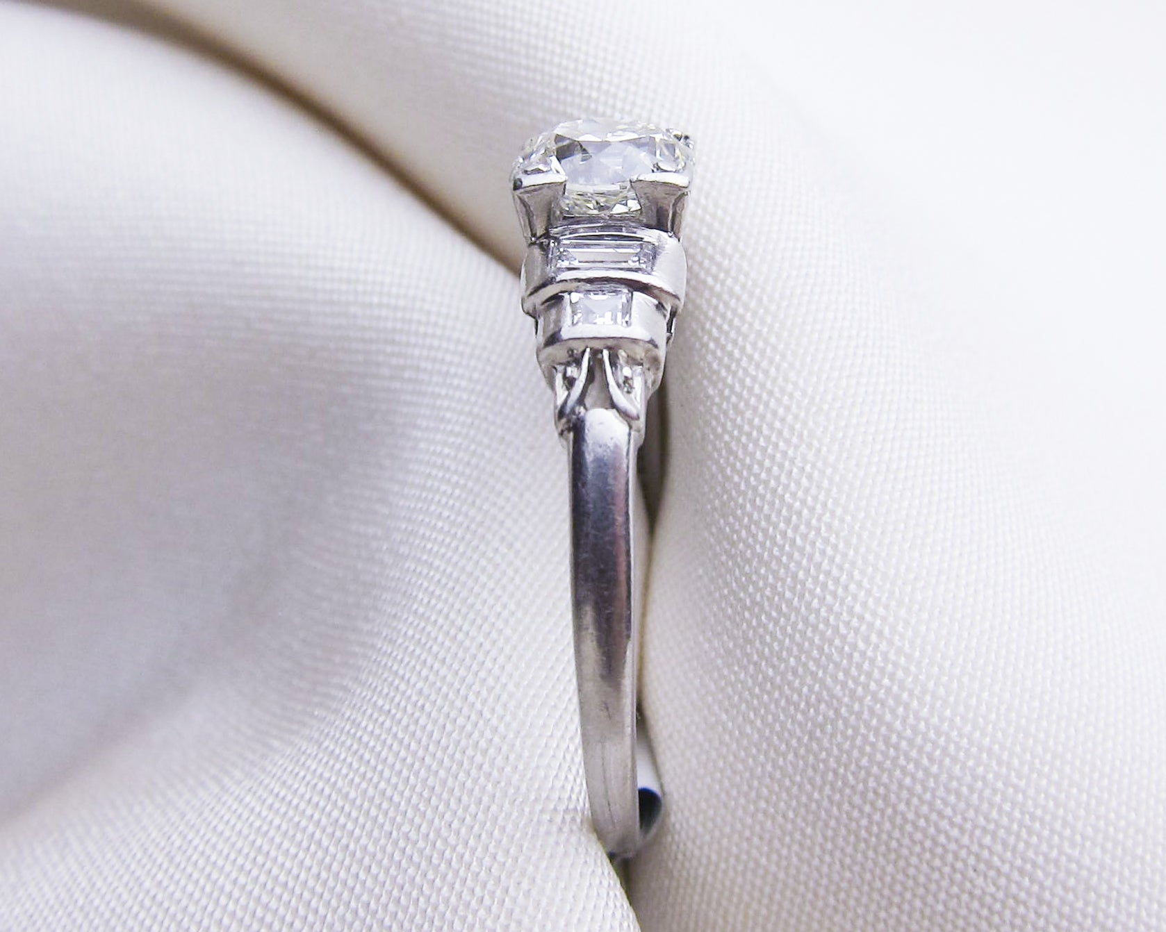 art-deco-diamond-baguette-engagement-ring4