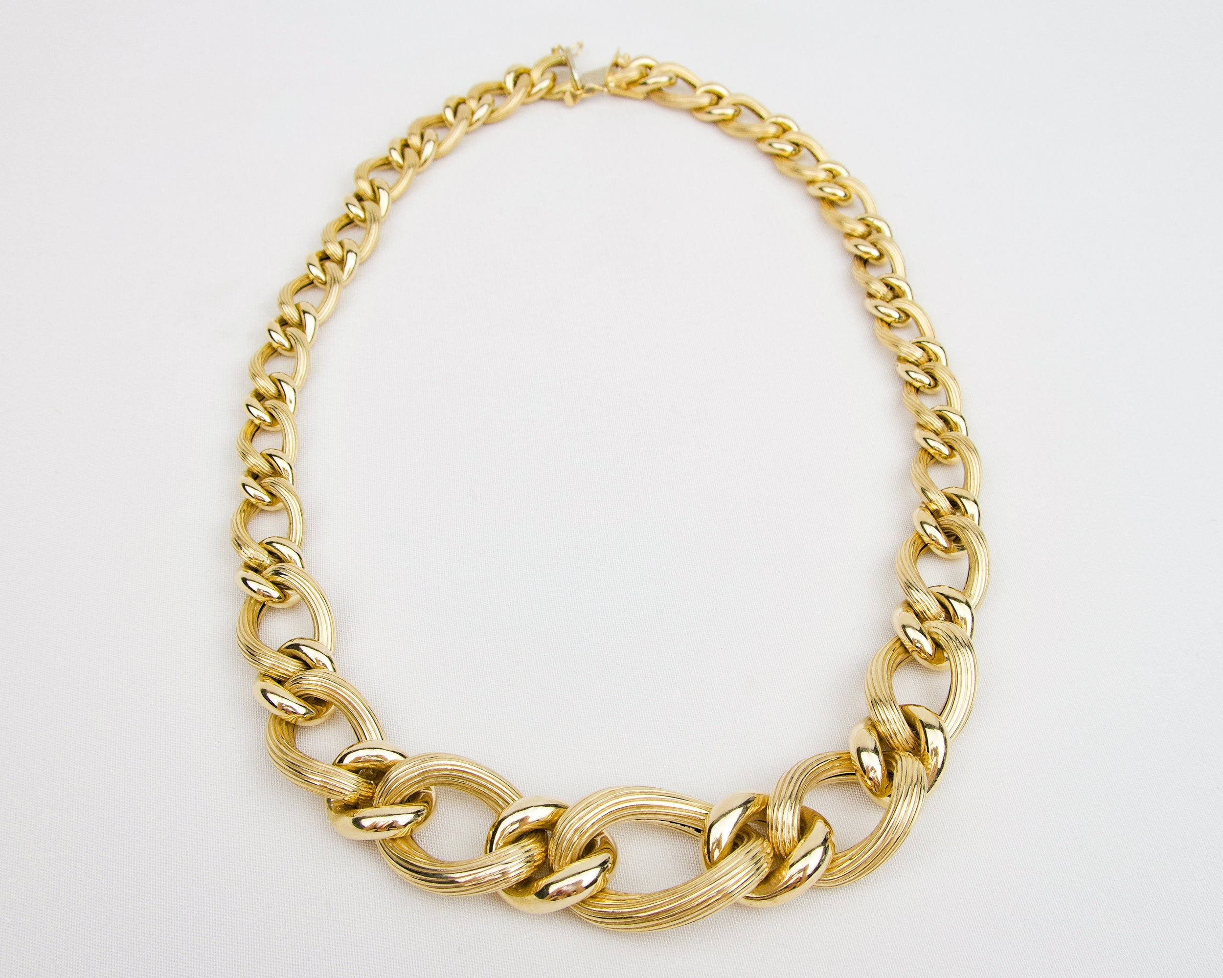 Vintage Gold Link Chain Necklace