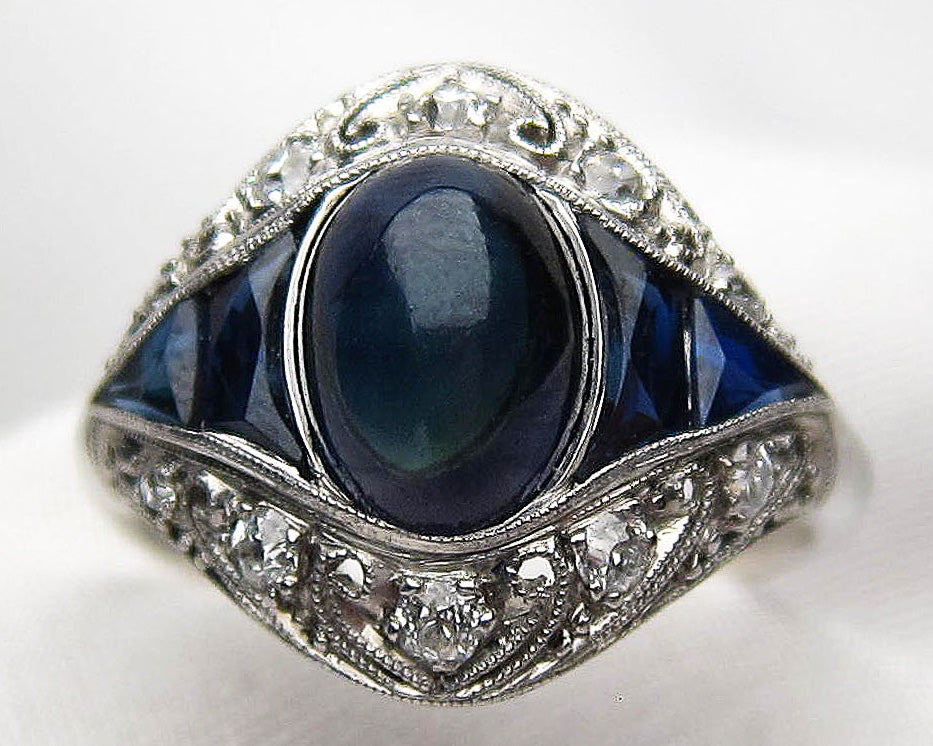 sapphire-diamond-nontraditional-engagement-ring
