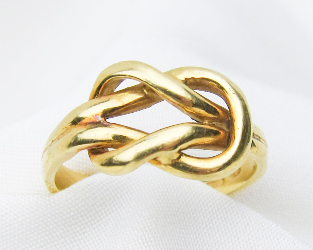 18KT-lover's-knot-ring
