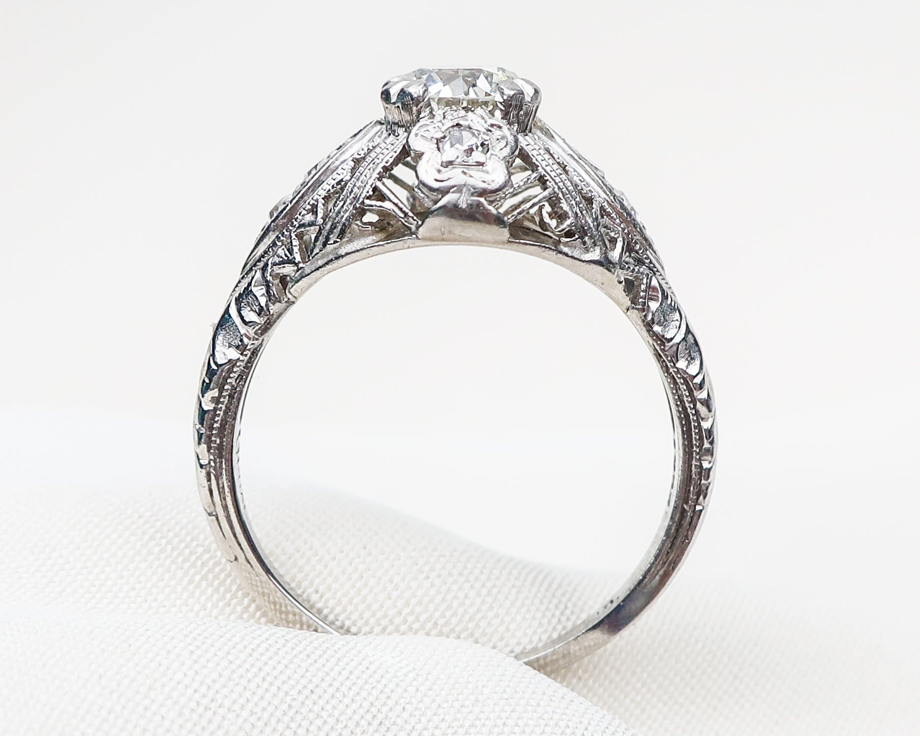 diamond-platinum-filigree-ring4