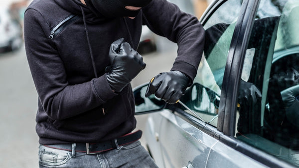 Car Security – Is Your Car Begging To Be Broken Into?