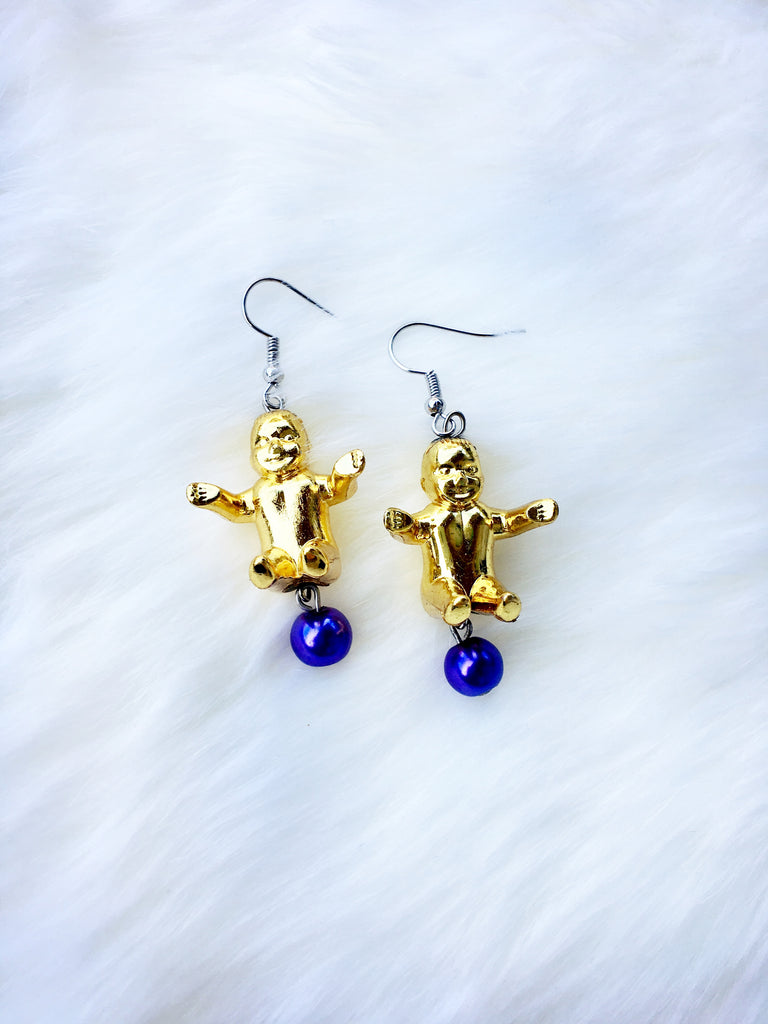 Small King Cake Baby Earrings