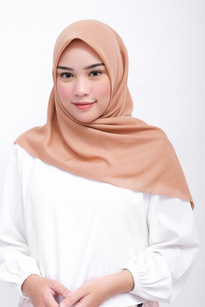 Gina Scarf Golden Brown