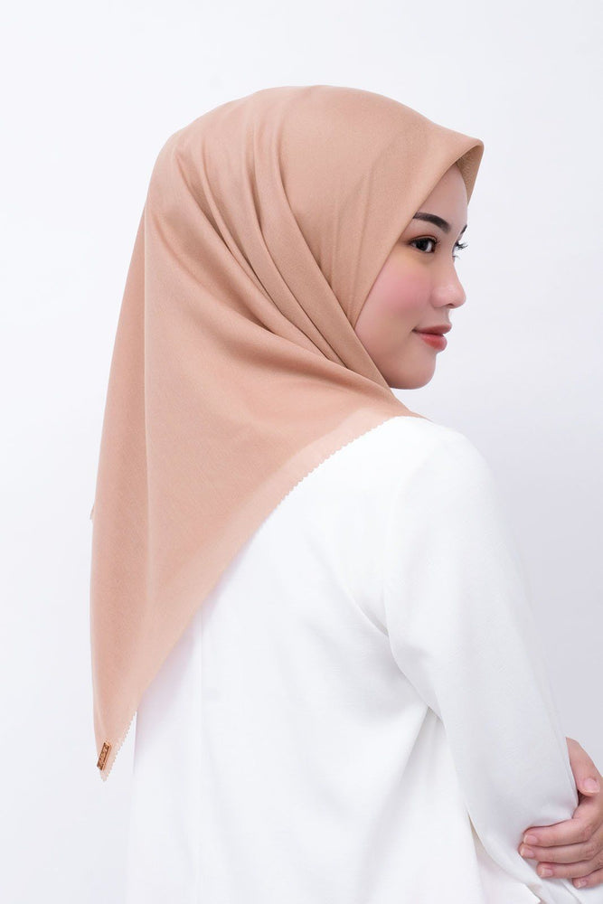 Gina Scarf Light Brown