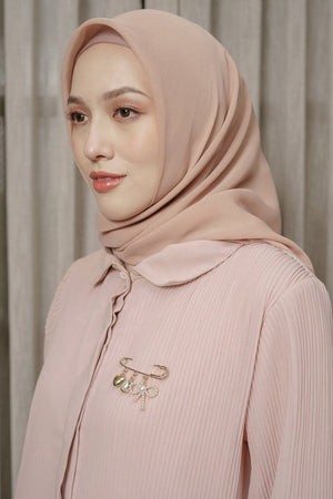 Load image into Gallery viewer, HijabChic Wafa top shirt muslim wanita koleksi lebaran