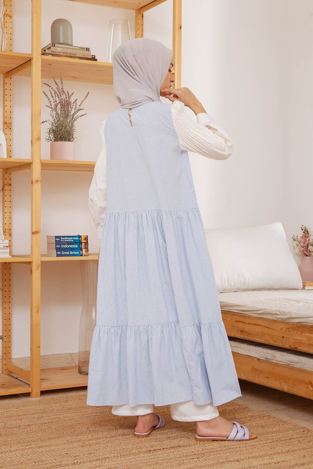 Ayalisse hairline stripe blue Dress