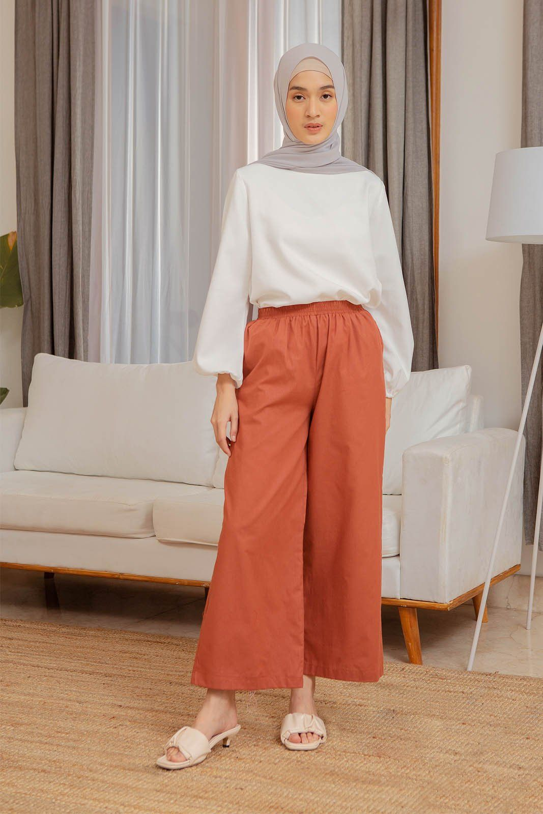 Amna Terracota pants