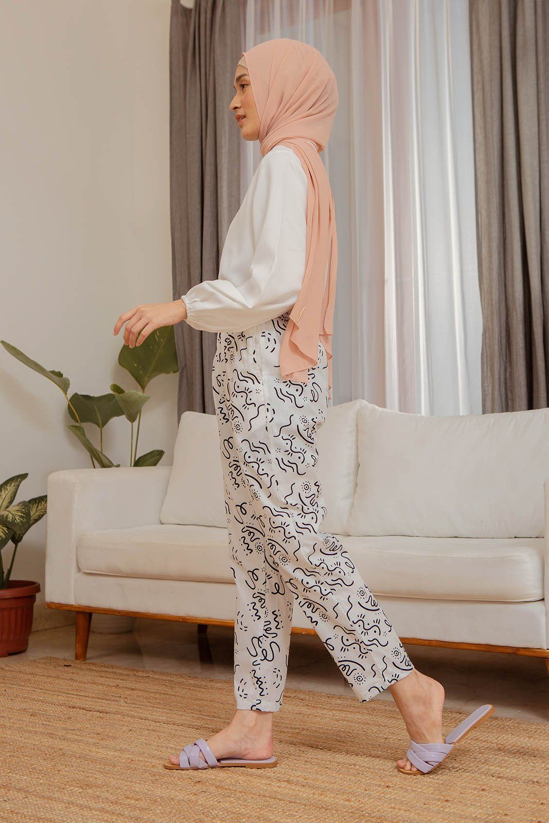 Carey White Pattern Pants