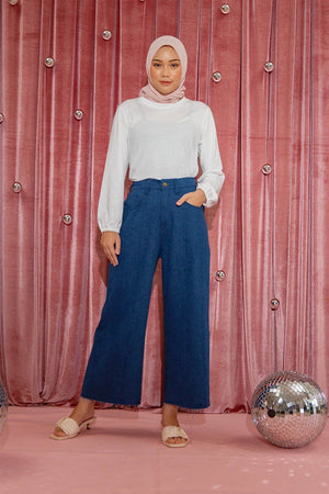 Load image into Gallery viewer, Cyra Navy Denim pants