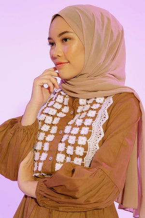 Calydta Brown top