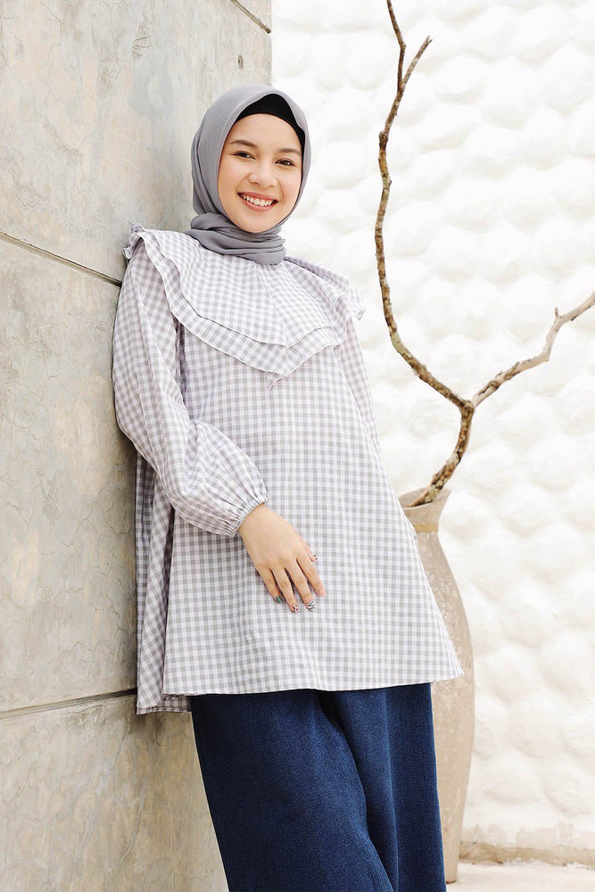 Nura Gingham Grey Top