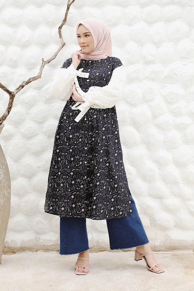 Fathina Navy Floral Pattern Tunic
