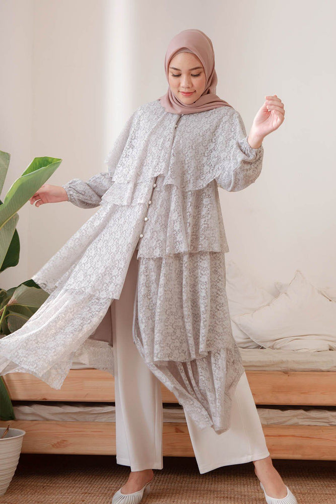 Hawa Grey Lace
