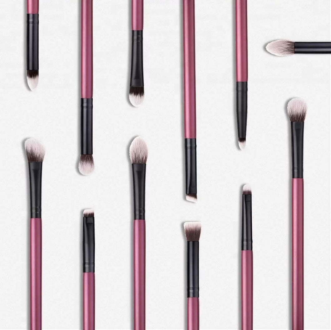 BORGOÑA ULTIMATE EYE BRUSH SET WITH WRISTLET POUCH