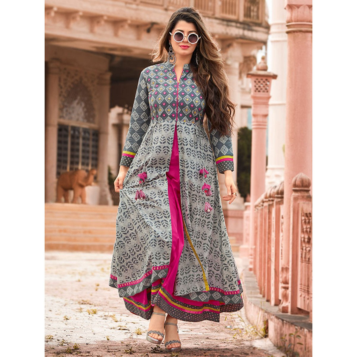 Kainaat Arora Gray Heavy Long Layered Kurti