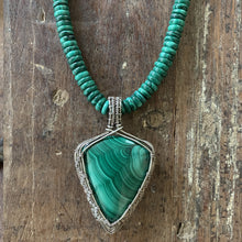 Load image into Gallery viewer, Malachite Wire Weave Pendant Necklace