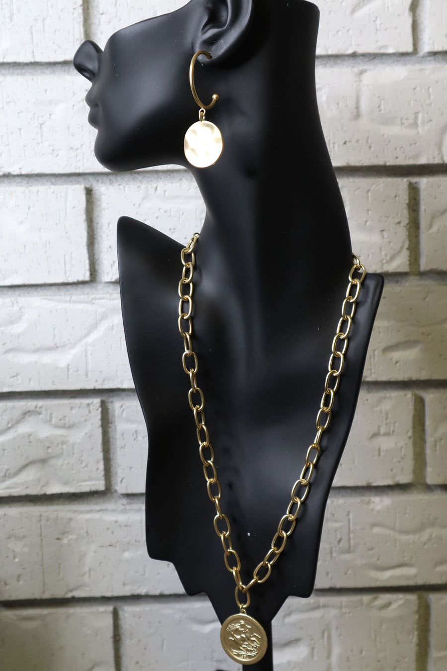 Gold Collar Necklace with Coin Pendant