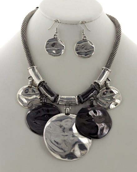 Round Metal Necklace and Earring Set