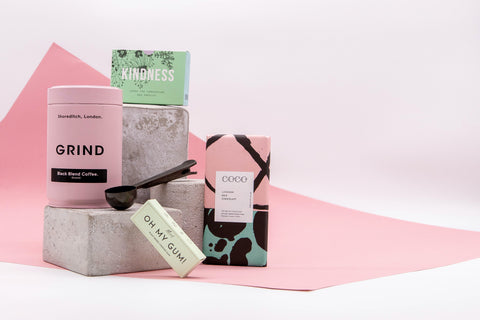 Monday morning gift box whit grind coffee, chocolate, oh my gum, coffee spoon, kindness cards