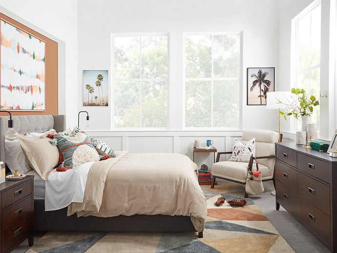 BEFORE AND AFTER: EASY BEDROOM REFRESH MAKEOVER YOUR LOOK WITH HOME ACCENTS