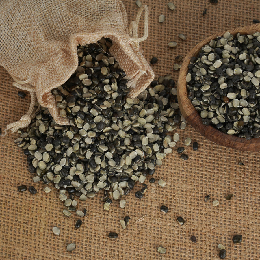 Organic Black Gram Split With Skin (Urad Dal)