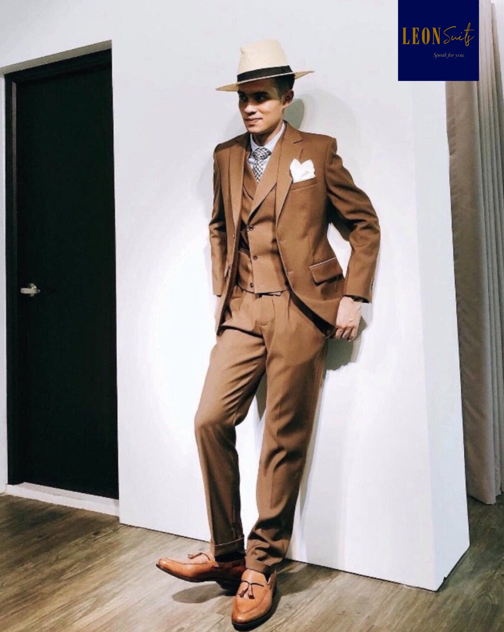 Standard Custom Made Brown 3-piece Suit