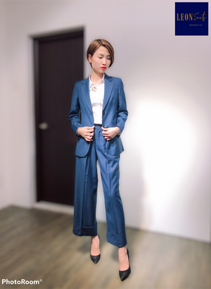 Lady Blue Single-breasted Suit with Large Cuffed Trousers